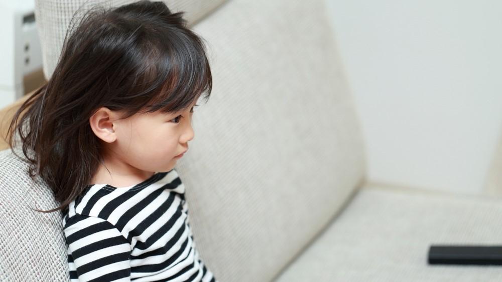 bé 4 tuổi bị đau dạ dày